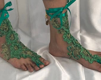Foot jewelry, lace anklet, lace booties, barefoot sandal, beach wedding shoes, Bridesmaid footwear, honeymoon accessories, Free ship, boho
