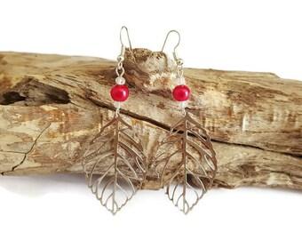Leaf earrings and fuchsia beads