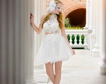 white feather mask - headbands with rhinestones - white half mask -  beautiful mask - beautiful masquerade masks - bridal masquerade mask