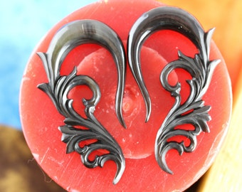 0 Gauge Stretched ears - Horn Hanging Plugs - 8 mm Gauged Ears - 0g Horn stretch plugs - 8mm stretching ear *B039