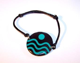 "Handmade bracelet resin Carolune Funky ""Wave"" 30 mm, adjustable, mounted on a colorful satin cord"