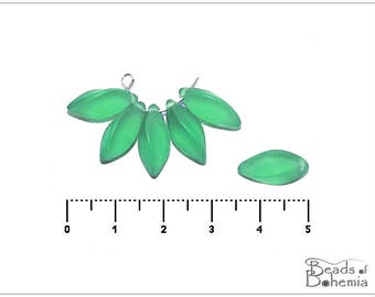 10 pcs Mint Green Matted Czech Twist beads 15x8 mm (11421)