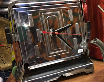 Vintage Art Deco Toaster clock