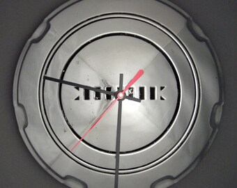 1938 Buick Hubcap Clock - Roadmaster Special Century Limited