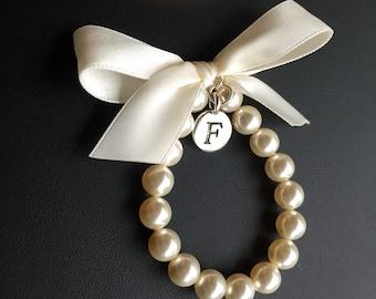 Girls initial charm bracelet, Personalized gift, Flower Girl Bracelet, Flower Girl Jewelry, Custom made Flower Girl Gift