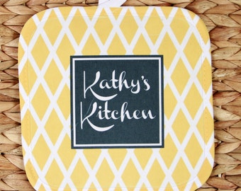 Cooking Gifts for Women Personalized Oven Mitt Pot Holder Monogrammed Gift Personalized Oven Mit Gifts for Mom Cooking Gifts Housewarming