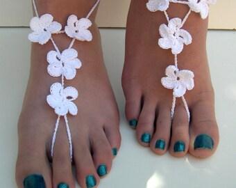Crochet Barefoot Sandals, White barefoot sandles, bridesmaid foot jewelry, Beach Wedding, flower barefoot sandals anklet,  hawaiian flower