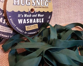 Seam Binding - Vintage Hug Snug Forest Green Ribbon, 5 Yards for Scrapbooking, Card Making, Tag Art, Sewing, Gift Wrap