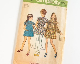 "SALE Vintage 1970s Girls Size 7 Smock Dress in Two Lengths Simplicity Sewing Pattern 5108 Complete / b26 w23"" / Mini Skirt Length"