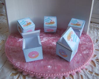 Miniature DONUTS doll's House treats box