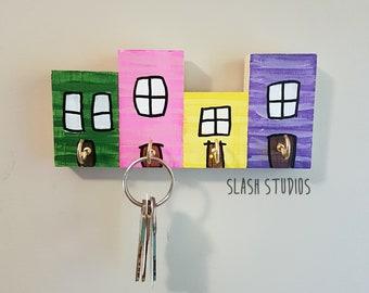 Jelly Bean Row 4 House Newfoundland Wooden Key Holder Rack
