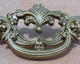 Set of 8 Antique  Brass Fancy  Drawer Pulls