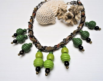 Chain wood beads necklace