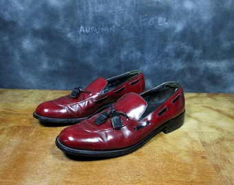 Vintage Leather Loafers - 1950s Cordovan Oxfords - Mad Men - Union Made - Two Tone Tassel Dress Shoes - Size 11 Euro 45 UK 10.5