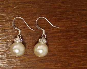 Simple and elegant earrings - for bridal and bridesmaids gift under 15 dollars