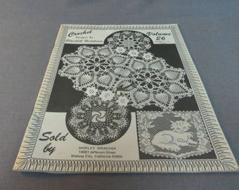 Crochet Patterns, Elizabeth Hiddleson Vol. 26, Thread Crochet, Doilies, Pineapple Designs, Filet Crochet Cat