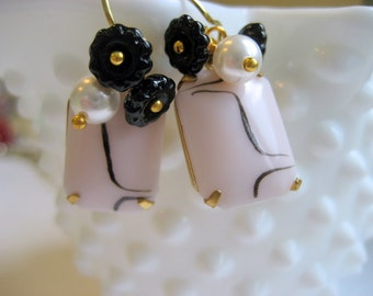 Boucles d'oreilles pastels de pivoine, Retro Vintage verre rose noir bijou perle 14k or oreille fils