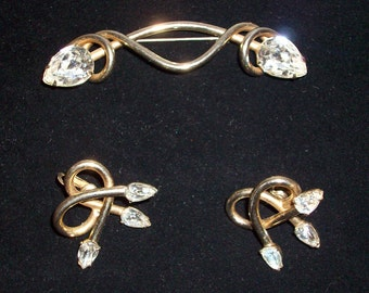 Vintage Art Deco Old Hollywood Styled Brooch and Earring Set