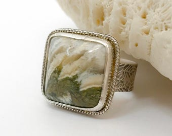 Green and White Statement Ring, Linda Marie Plume Agate Square Ring, Artisan Silversmith Ring with Handstamped Leaf Pattern Wide Band