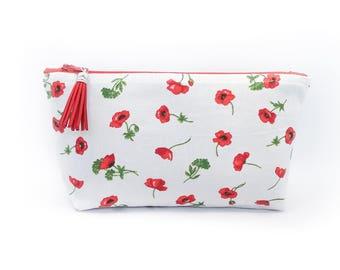 Poppies makeup pouch. Makeup bag.