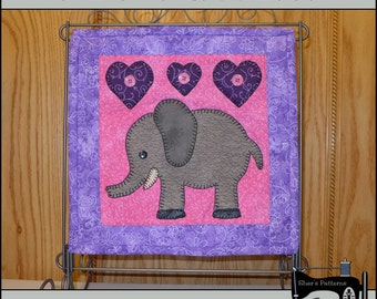 PDF Pattern for Elephant Mini Quilt, Elephant Applique Template - Elephant Wall Hanging Pattern - Sewing Pattern, Tutorial, DIY
