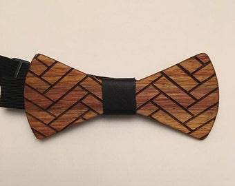 Canary Wood with Herringbone design