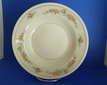 2 Bowls, 4 Plates, Vintage Homer Laughlin, Eggshell  Georgian, E 46 N 5