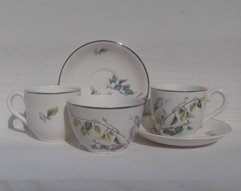 "Delightful Vintage 50's espresso/tea set with 2 cups and saucers and a sugar bowl. Myott England ""Astoria"" design."