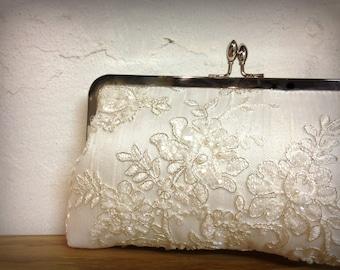 Lace Pearl Bridal Clutch, Ivory Bridal Clutch, Beaded Clutch, Formal Purse, White clutch, Lace Wedding {Tru Luv's Lace & Pearl Kisslock}