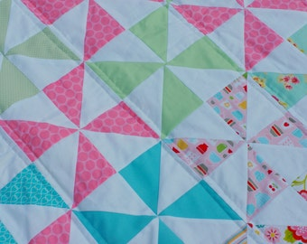 Pinwheel quilt, twin quilt, modern quilt, pink quilt, blue quilt, quilt for girl, picnic blanket, beach blanket