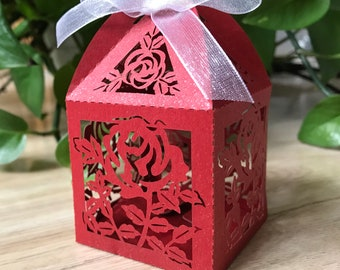100pcs Red Rose Laser Cut Wedding Favor Boxes,6*6*9.5cm Gifts Box with ribbon,Packaging Boxes,Candy Boxes,Chocolate Gift Boxes,Party Favor