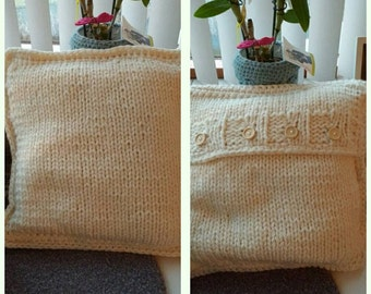 Knitted Cushion/Cushion Knitted