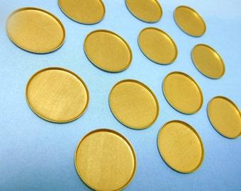 17 mm Bezel Settings 12 Round Flatback Cabochon Brass Stamping 12 pcs M-40