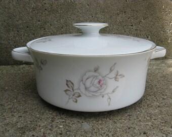 haviland johann sweetheart rose covered vegetable bowl bavaria germany