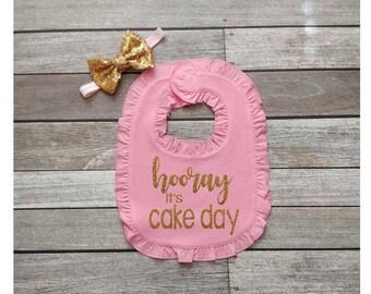 hooray it cake day bib birthday bib first birthday bib gold and pink birthday bib 1st birthday glitter bib smash cake bib gold glitter bib