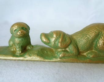 """VJ758 :""""Dog with Puppy""""Iron collectible Paperweight , Calligraphy Paperweight ,  Paperweight """"Dog with Puppy"""",made in Japan"""