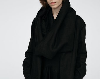 Summer Long Black linen coat with big collar