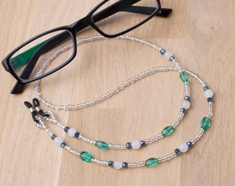 Glasses chain | White Agate and Green bead gemstone glasses cord | Eyeglasses chain | Spectacle holder | Sunglasses chain | Gift for Reader