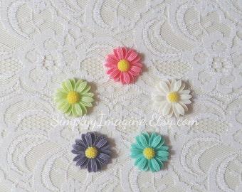 Daisy Flower Cabochons Resin Flatback - 5 PCS