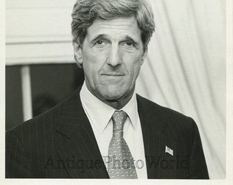 John Kerry US Senator art photo by J. Sann