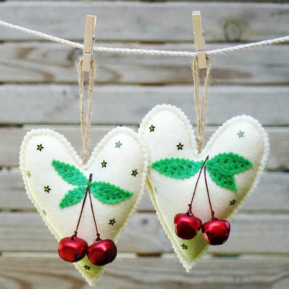 Felt Christmas heart ornaments set , Set of 2 felt heart ornament , Home decor