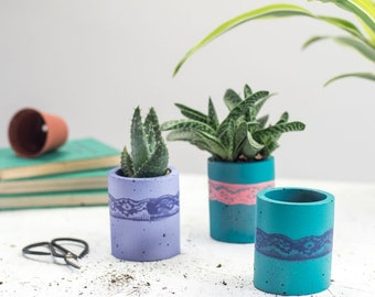 Concrete Pot – Air Plant Holder – Concrete Planter – Indoor Planter – Indoor Pots – housewarming gift – Cactus Planter - Gift for Her