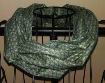 Schlauchschal in smaragdgrün und Juweltöne