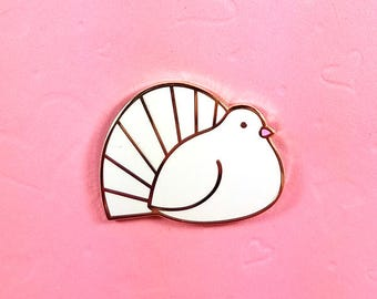 Fantail dove pin hard enamel gold 3.25cm - pigeon bird lapel pin brooch badge flair collar pin hat pin nature animal fancy pigeon