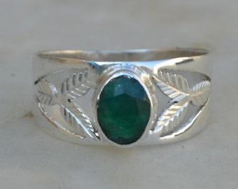 Emerald Ring,Natural Dyed Emerald Beautiful Silver Gemstone Ring,Handmade Jewelry,Dyed Emerald Ring,925 Sterling Silver Ring,Gemstone Rings