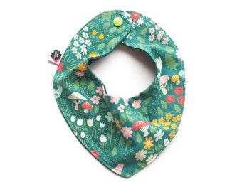 Baby bandana bib, organic baby bib, bandana bib, baby shower gift, baby girl bib, drool bib, scarf bib, baby girl bib, flower bib,