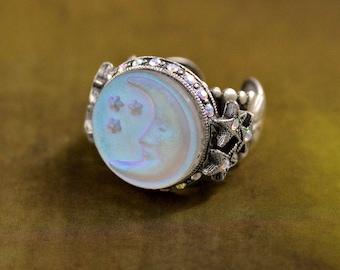 Aurora Moon Ring, Moon Ring, Moon and Stars Jewelry, Iridescent Stone Ring, Crescent Moon Ring, Aurora Borealis Jewelry R423