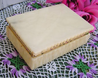 Vintage Italian Carved Alabaster Jewelry Box Hinged Trinket Box Carved Stone 60s Alabaster Box