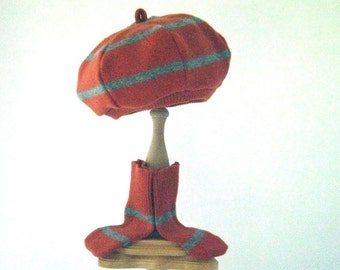 wool beret and socks  size 12 to 24 months