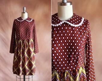 pois marron vintage des années 1970 dot robe babydoll imprimé avec col Claudine / taille s